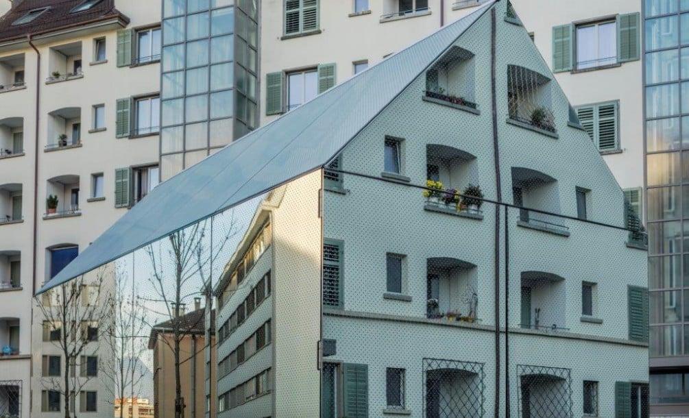 Grünes Rückgrat   Glas   News/Produkte   Baunetz_Wissen