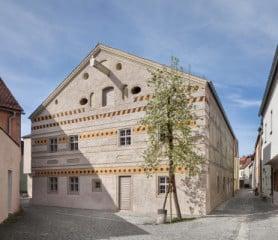 Erweiterung des museums f r moderne kunst in lille for Modernes jurahaus