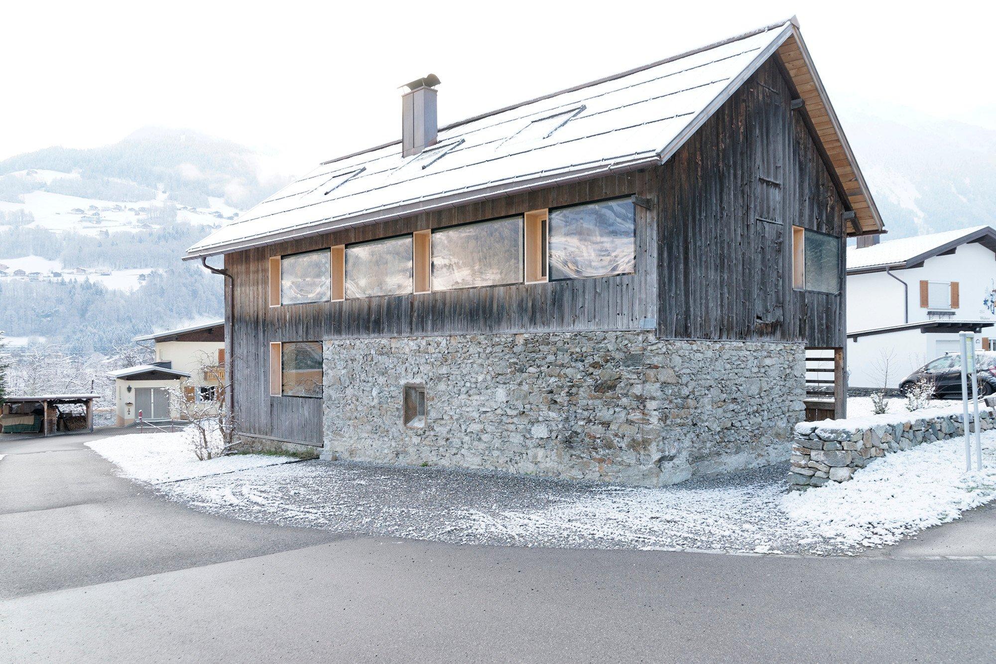 Wohnhaus in tschagguns geb udetechnik wohnen baunetz - Bruchsteinwand sanieren ...