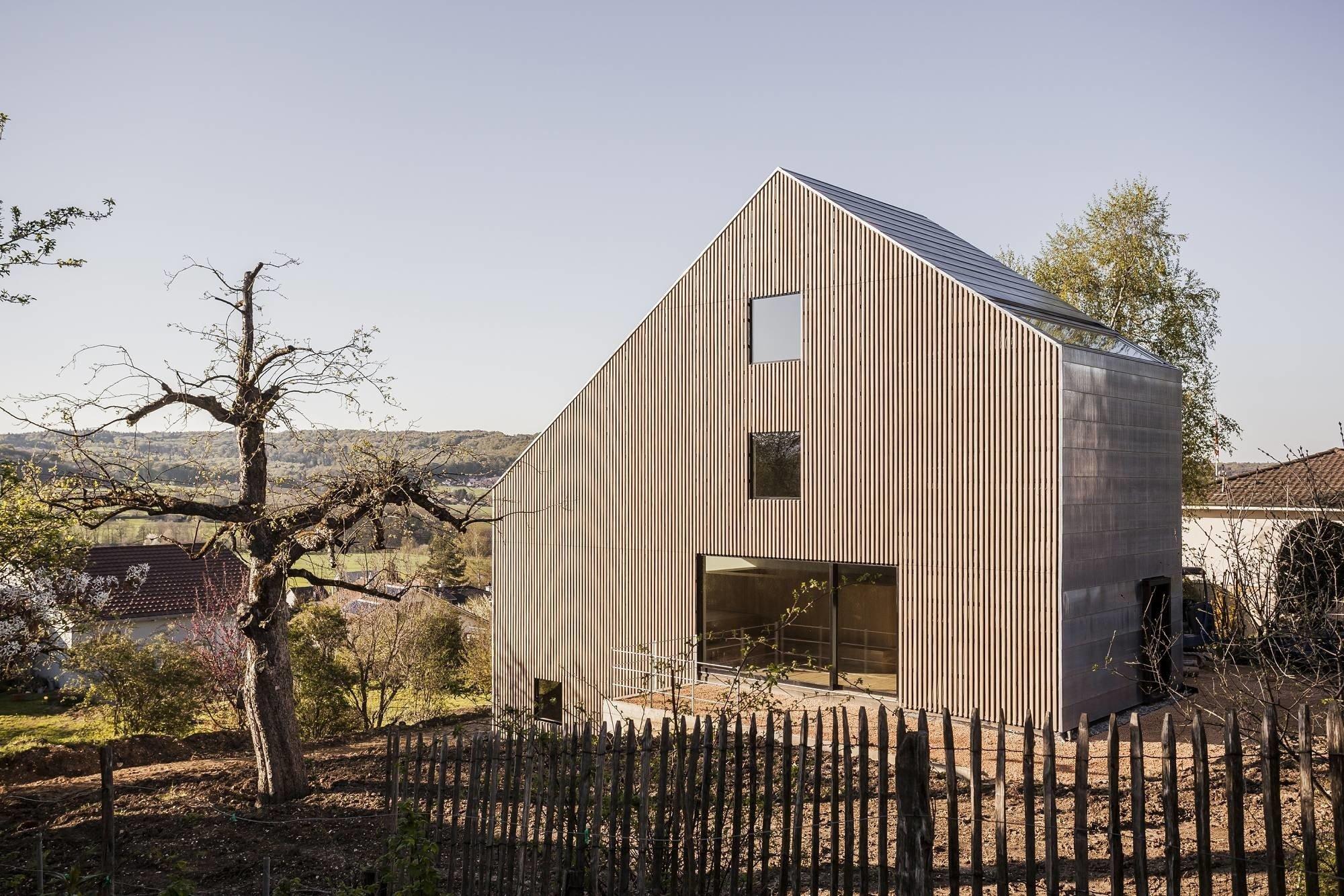 Einfamilienhaus in Rodersdorf   Geneigtes Dach   Wohnen   Baunetz_Wissen