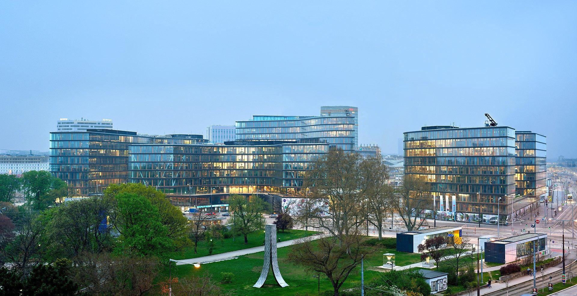Hauptsitz Erste Bank Group In Wien Flachdach Buro Und Verwaltung Baunetz Wissen