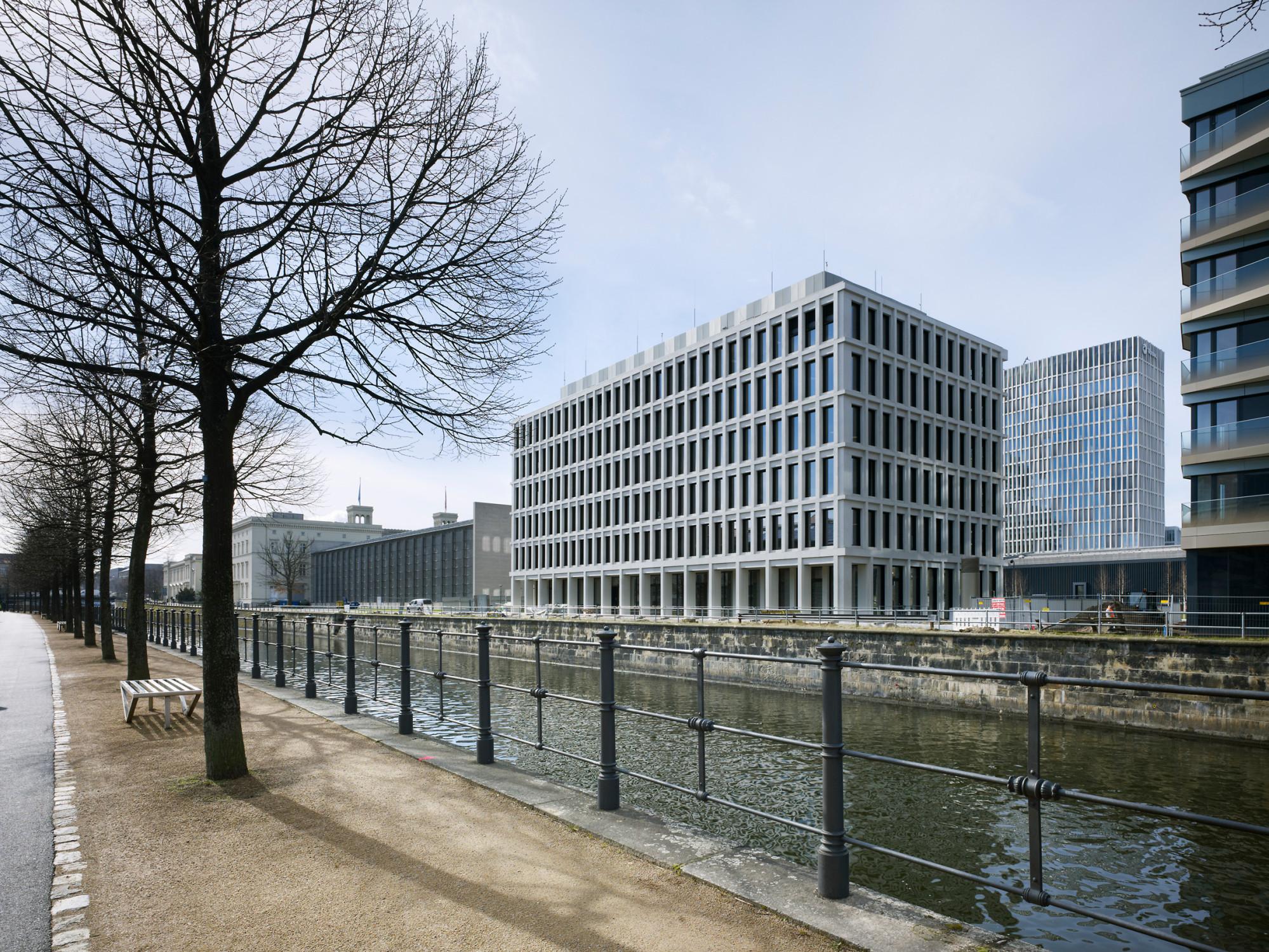 Entscheidung architekturpreis beton 2017 beton - Architekten basel ...