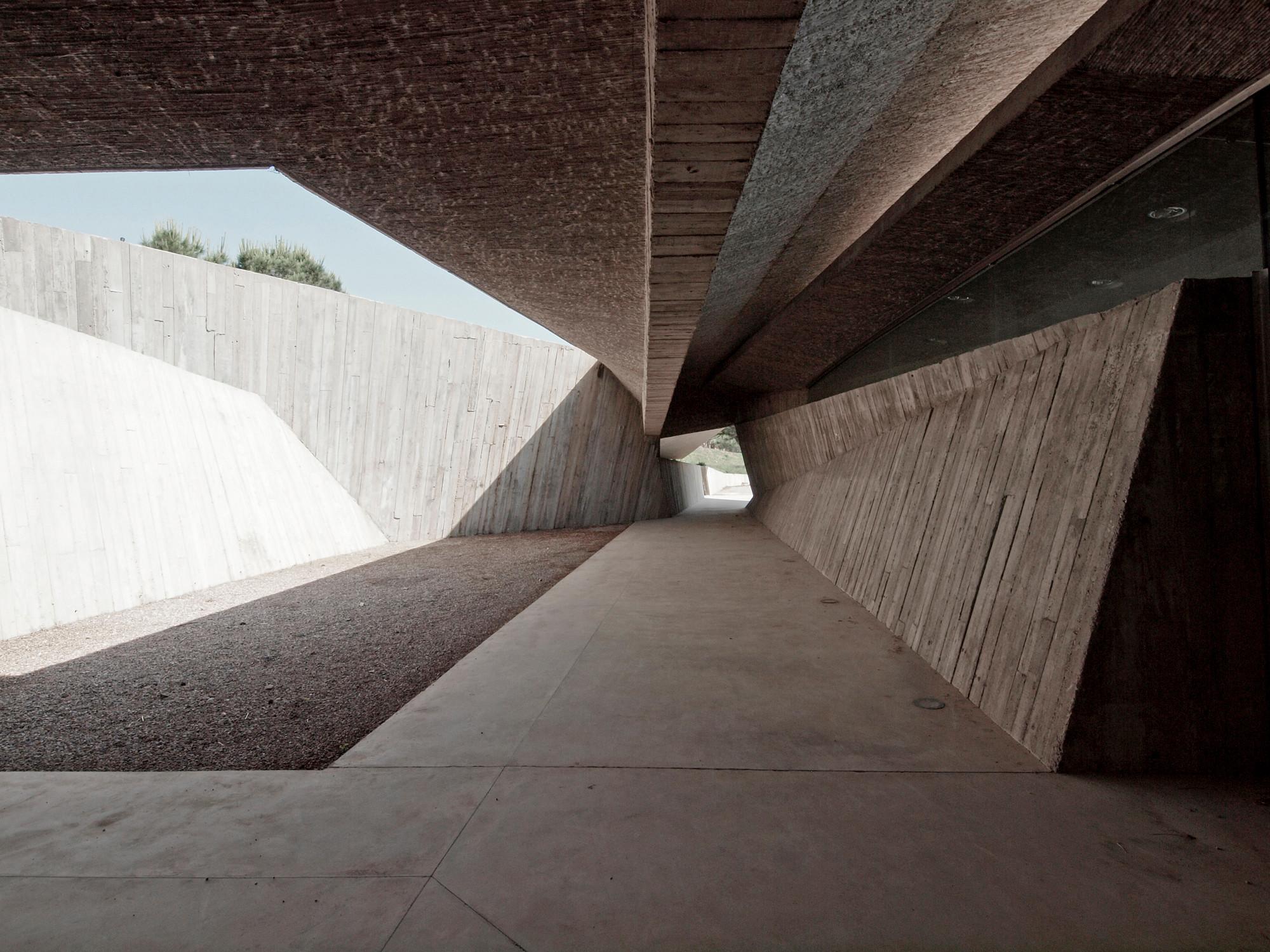Len Schräge Decken besucherzentrum der ruinen empúries in girona beton kultur
