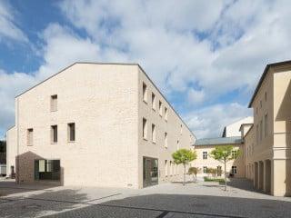 In Potsdam entstand nach Plänen von Staab Architekten das Wissenschafts- und Restaurierungszentrum der Stiftung Preußische Schlösser und Gärten