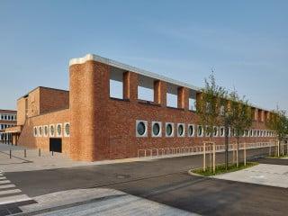 Ein Gebäude für zwei Oberschulen in Nürnberg: Den von Lederer Ragnarsdottir Oei entworfenen Neubau teilen sich die Johann-Pachelbel-Realschule und die Staatliche Fachoberschule II