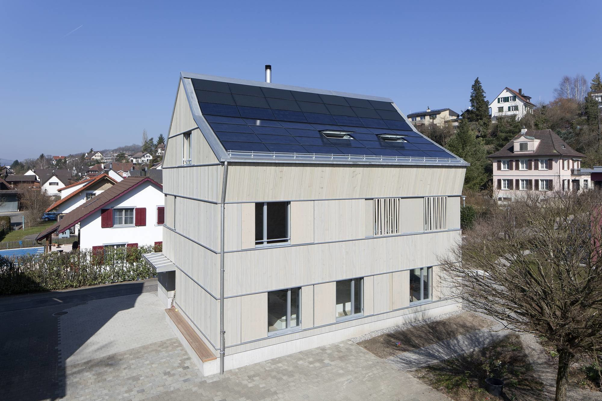 Photovoltaik als Dachdeckung | Geneigtes Dach | News ...