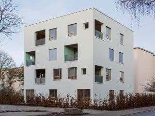 Die Berliner LIN Architekten Urbanisten entwickelten im Auftrag der größten Wohnungsbaugesellschaft Bremens mit dem sogenannten Bremer Punkt eine flexible Möglichkeit der Nachverdichtung