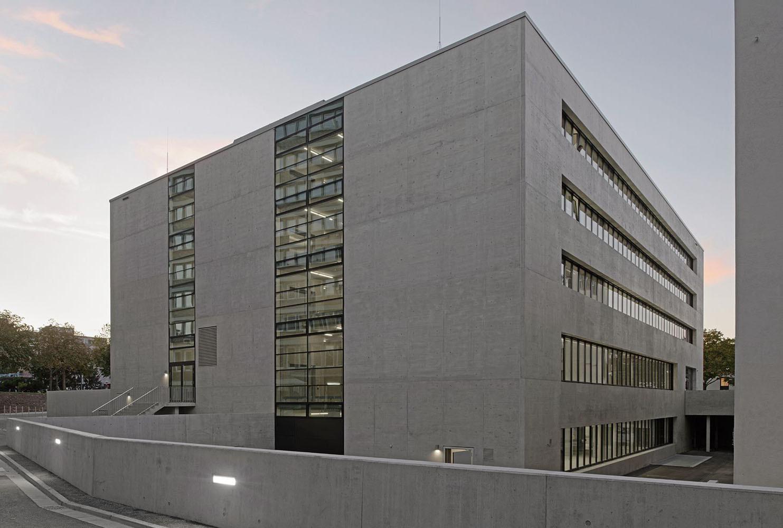 Neue Architekturfakultat Der Hft Stuttgart Licht Kultur Bildung