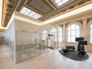 BEHF Architects haben in Wien ein denkmalgeschütztes Telegrafenamt aus dem 19. Jahrhundert in ein kontemporäres Bürogebäude umgebaut