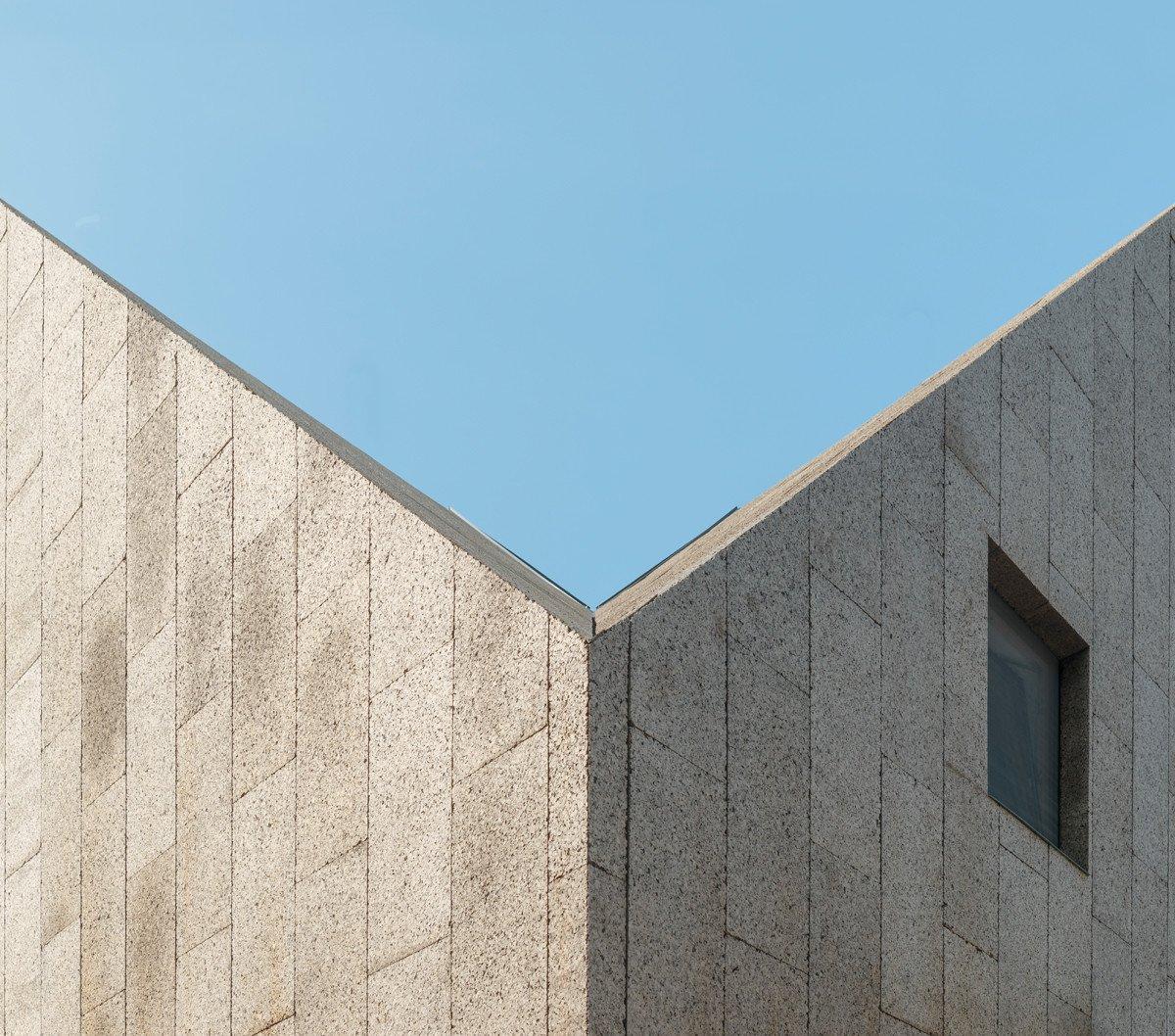 viergiebelhaus in berlin geneigtes dach wohnen. Black Bedroom Furniture Sets. Home Design Ideas