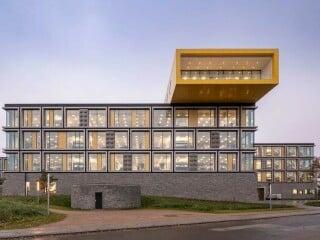 Im jütländischen Billund entsteht derzeit der neue Lego-Firmencampus nach Plänen des Büros C.F. Møller Architects.