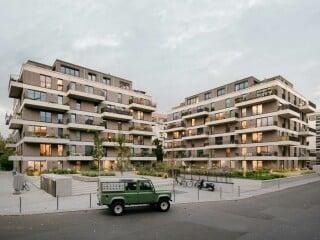 Die Gegend um den Schmollerplatz in Berlin-Treptow ist durch Wohnbauten aus den 1930er- und 1950er-Jahren bestimmt.