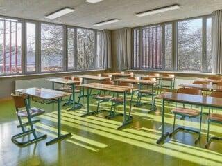 Ein erweiterndes Gebäude für die Hamburger Stadtteilschule Horn wurde benötigt und ist mit dem Willkommenshaus nach Plänen von MoRe Möhrle Reinhardt Architekten geschaffen worden.
