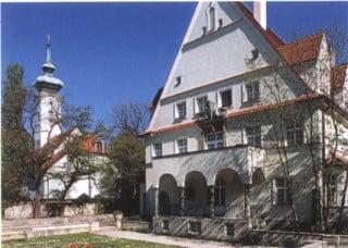 Hauptfassade der Musikschule