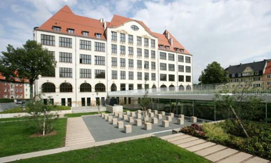 Gutenberg gymnasium in erfurt altbau ffentliche geb ude baunetz wissen - Architekturburo erfurt ...