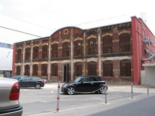 Das äußere Erscheinungsbild der alten Industriehalle konnte erhalten werden