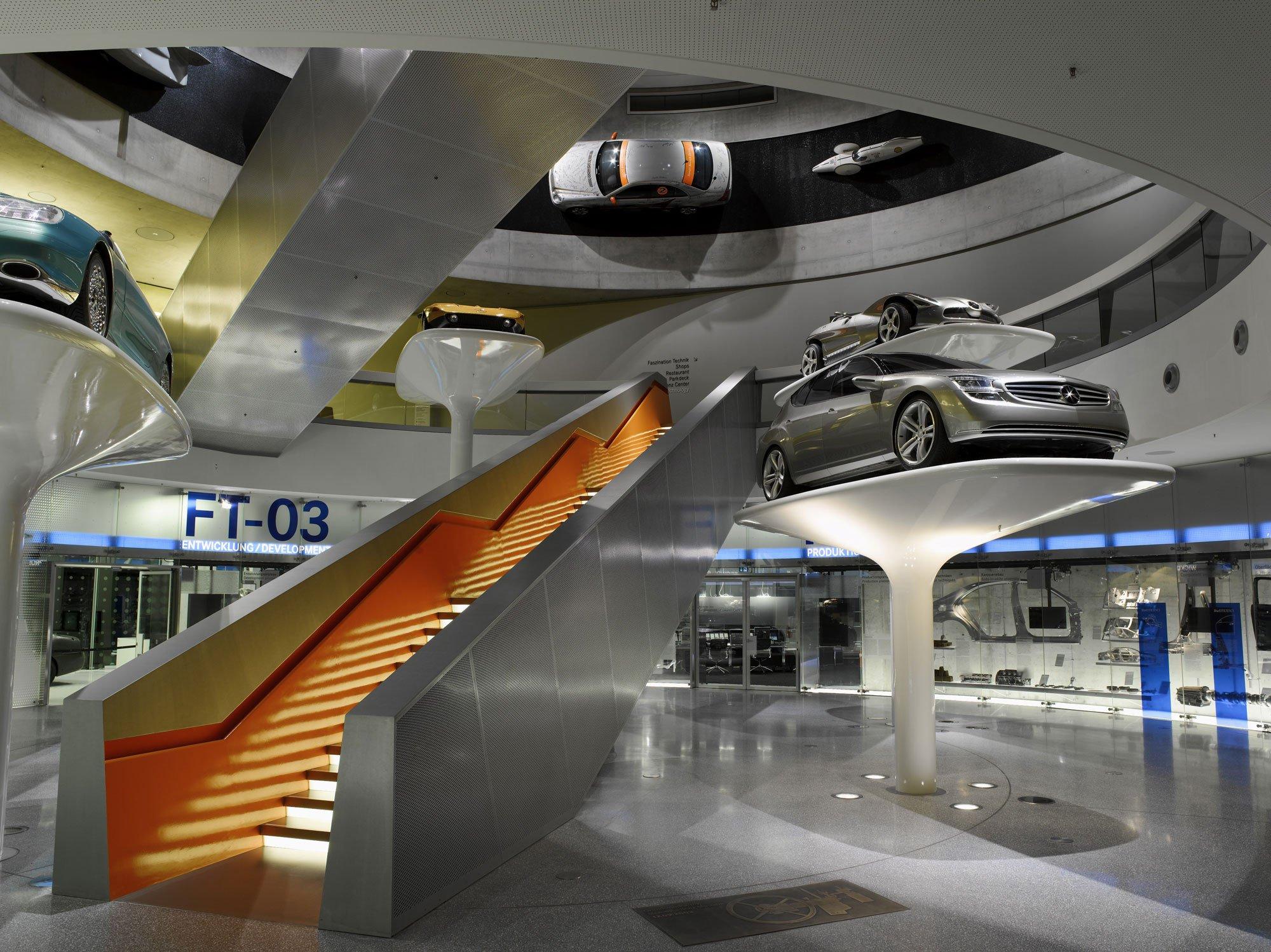 mercedes-benz-museum in stuttgart | beton | freizeit/sport