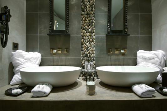 kieselsteine im bad | möbelideen, Wohnzimmer design