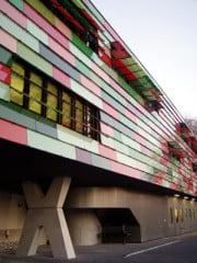 Blick auf die Westfassade