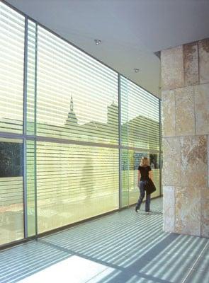kunstmuseum in stuttgart glas kultur baunetz wissen. Black Bedroom Furniture Sets. Home Design Ideas