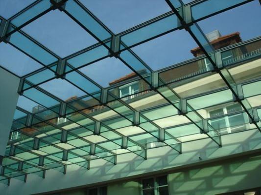 Glasdach der mensa der tu dresden glas bildung for Fachwerk bildung