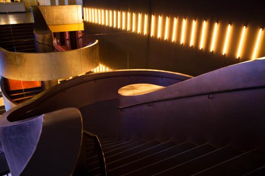 Admiralspalast in berlin geb udetechnik kultur bildung for Admiralspalast foyer 101