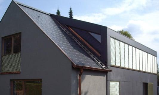umbau eines wohnhauses in pullach geneigtes dach. Black Bedroom Furniture Sets. Home Design Ideas