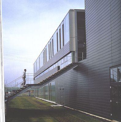logistikzentrum in r bel m ritz treppen industrie gewerbe baunetz wissen. Black Bedroom Furniture Sets. Home Design Ideas