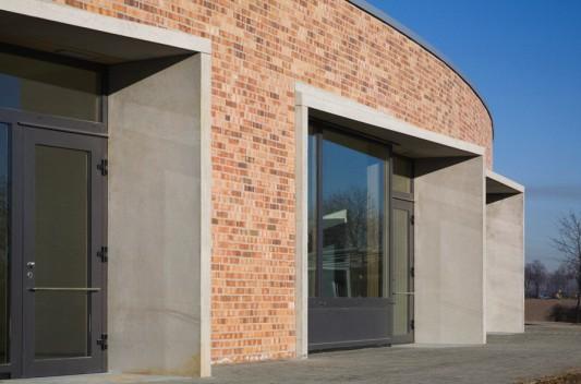 F rderschule in euskirchen mauerwerk bildung sport baunetz wissen - Architekt euskirchen ...