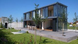 wohnhaus in amsterdam sonnenschutz wohnen baunetz wissen. Black Bedroom Furniture Sets. Home Design Ideas