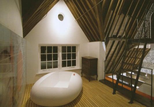 Bäder im Dachgeschoss | Bad und Sanitär | Planungsgrundlagen ... | {Badewanne dachgeschoss 58}