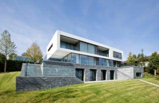 erweiterung eines wohnhauses in luxemburg l bad und sanit r wohnen baunetz wissen. Black Bedroom Furniture Sets. Home Design Ideas