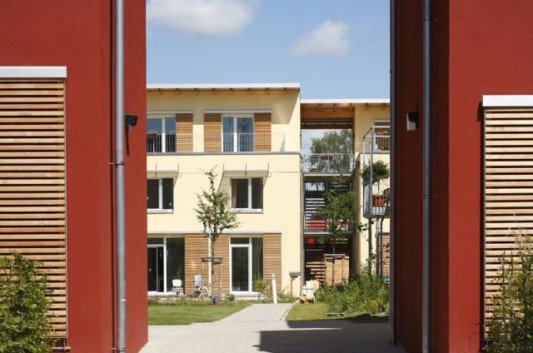 wohnsiedlung in hamburg klein borstel heizung wohnen baunetz wissen. Black Bedroom Furniture Sets. Home Design Ideas